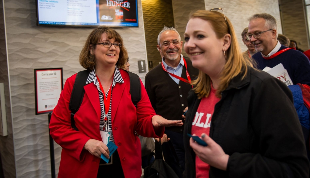 Kim Metcalf laughs with fellow attendees during the 2019 Alumni Weekend
