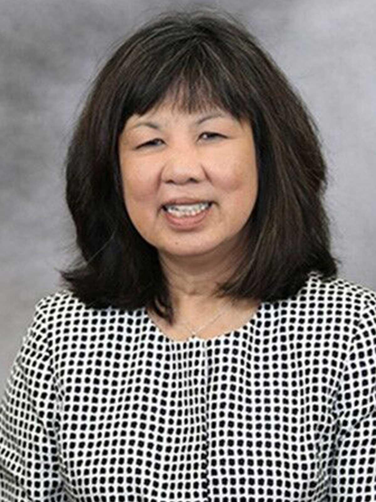 Dr. Jean E. Chin (BS '78)